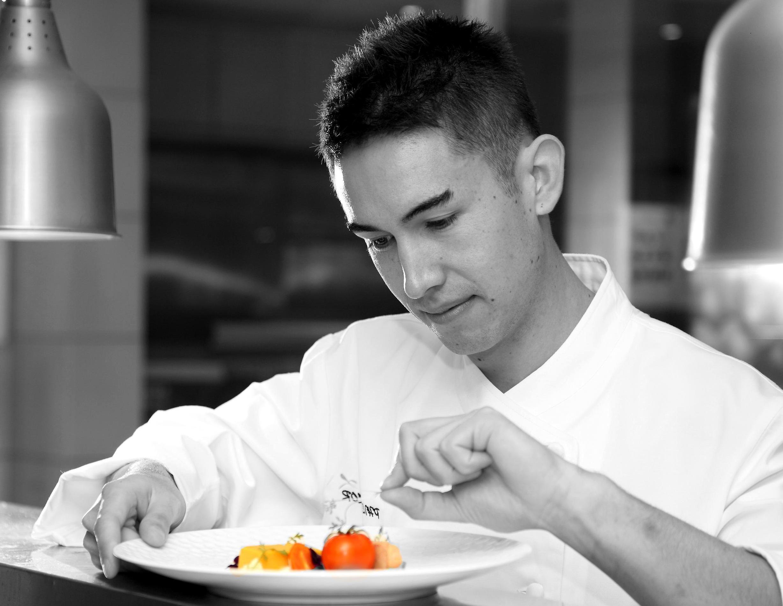 Kostenlose Bild: Koch, Kochen, Teller, Lebensmittel, Zutaten, Job ... | {Koch beim kochen 75}