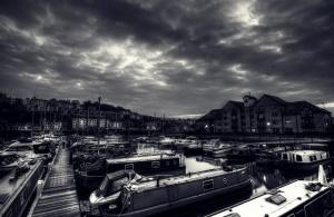 ciudad, negro, barcos, niebla, nubes oscuras, artístico