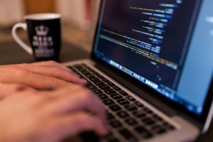编程, 代码, 程序员, 编码, 咖啡杯, 电脑, 复印, 手, 电脑键盘