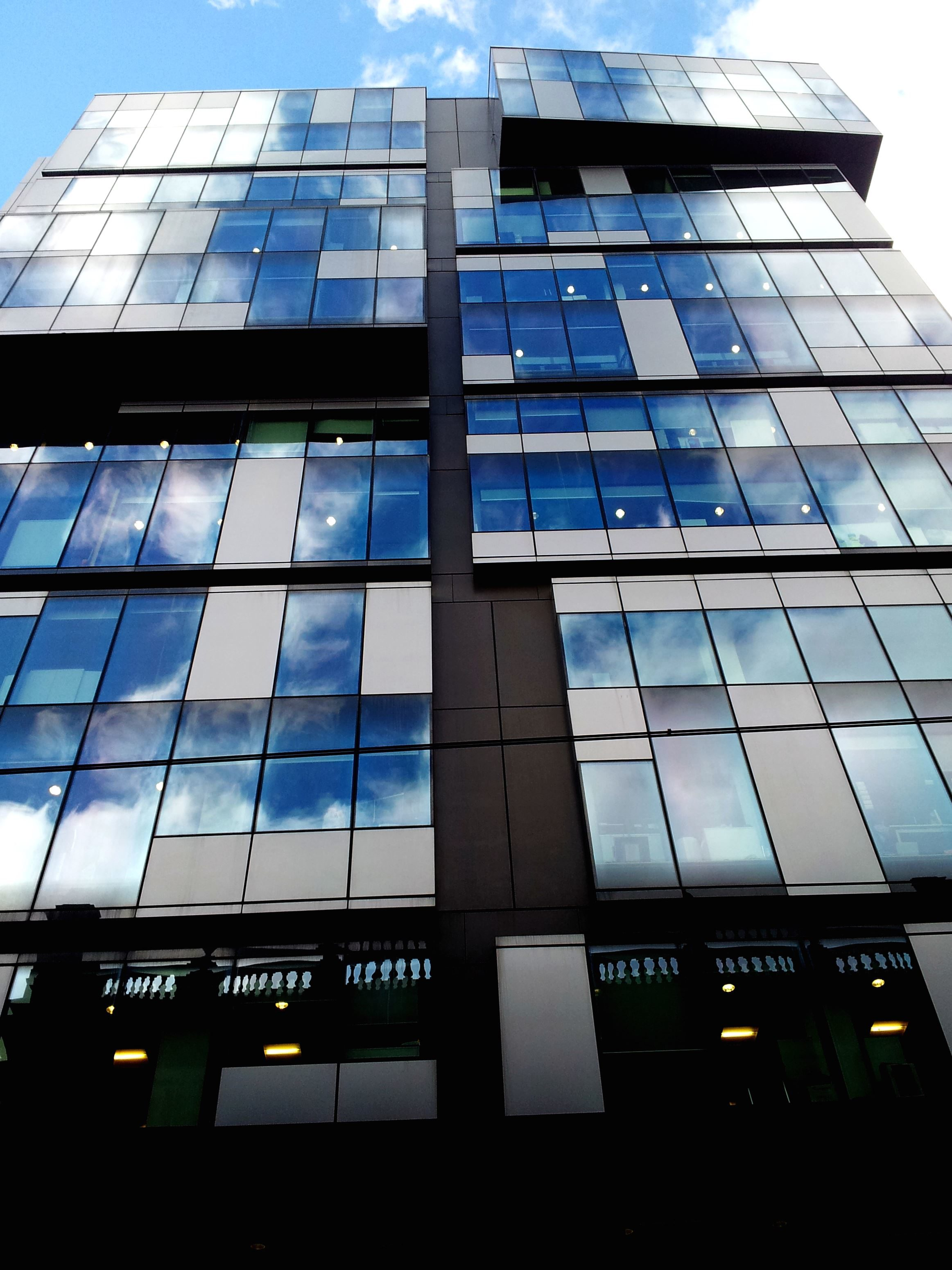 Kostenlose Bild Reflexion Gebaude Moderne Architektur