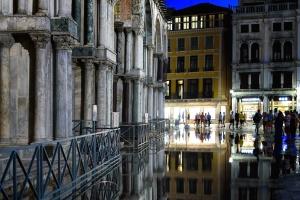 pillars, street, town, urban, architecture, downtown, night
