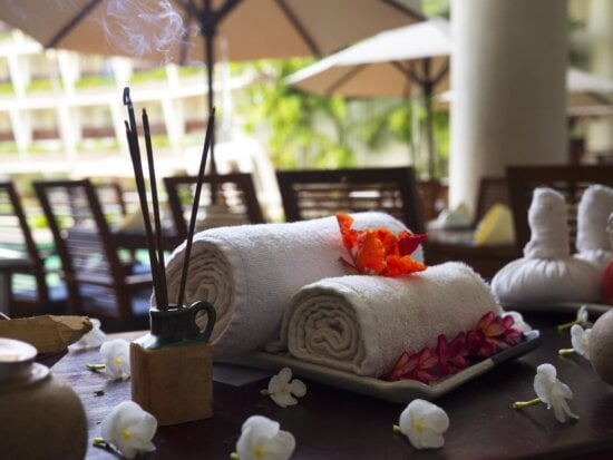 blossom, chairs, flora, tables, towels, restaurant