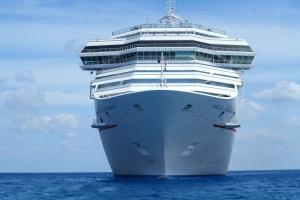 Cruise, skib, vand, ocean, hav, blå himmel, horisonten