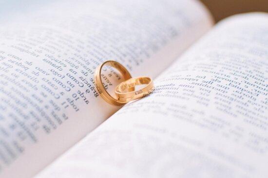 amore, anelli, oro, educazione, libro, lettura, matrimonio, anello nuziale