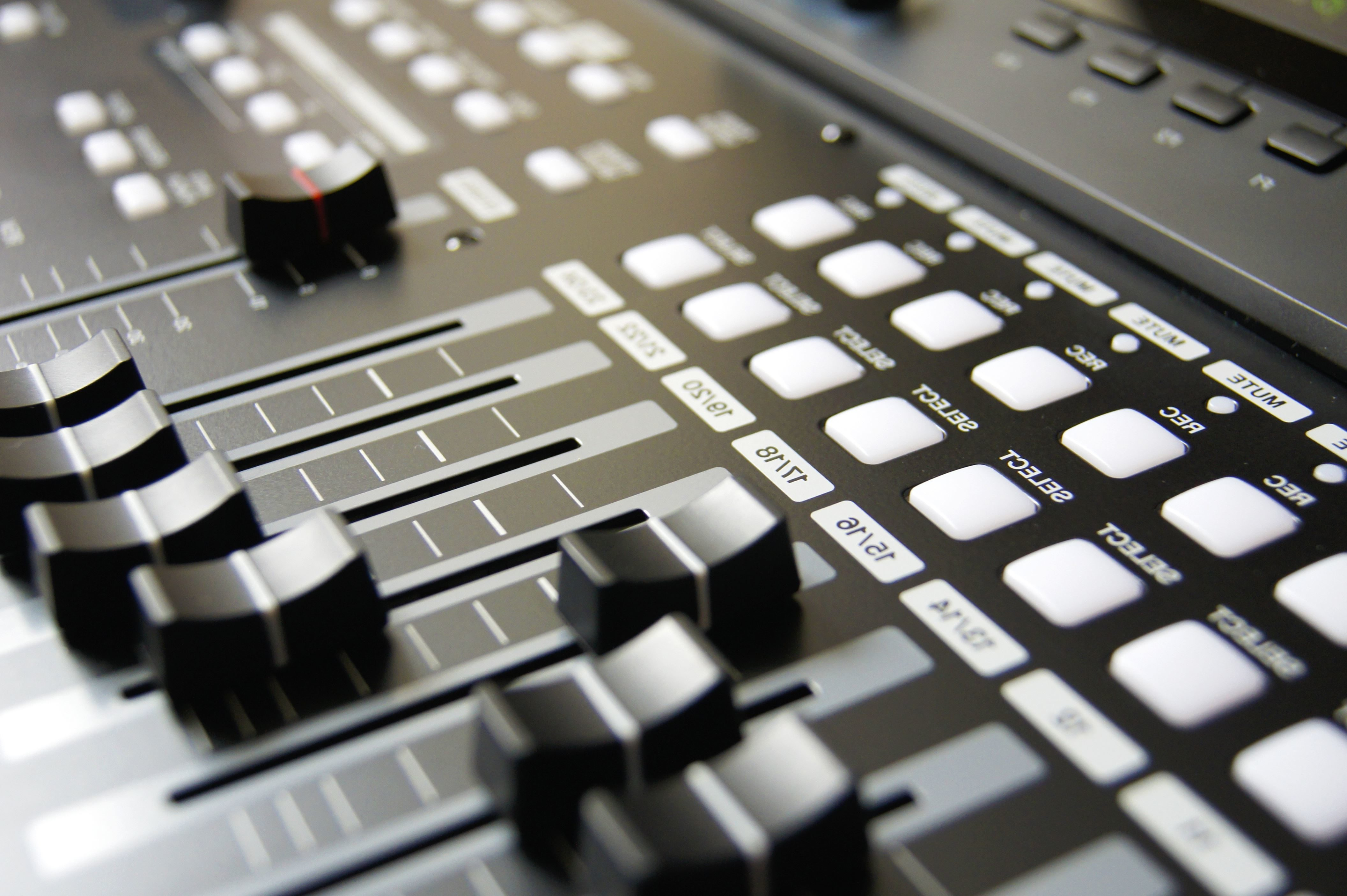 Free picture: disc jockey, music, audio, gadget, buttons, electronics, sound