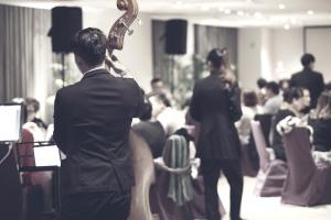 salle à manger, groupe de musique, restaurant, musiciens, célébration