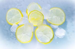 llemons, owoce, sok, lód, woda, lato, limon, owoce, ochłoda, kostka lodu