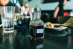 restaurant, sauce, food, drink, bottle, condiment, food, glass