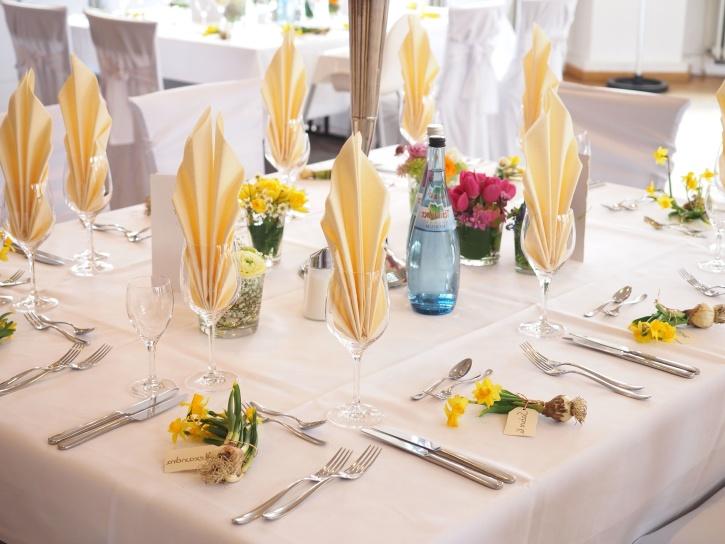 restauration, célébration, chaises, banquet, nappe, vaisselle, mariage