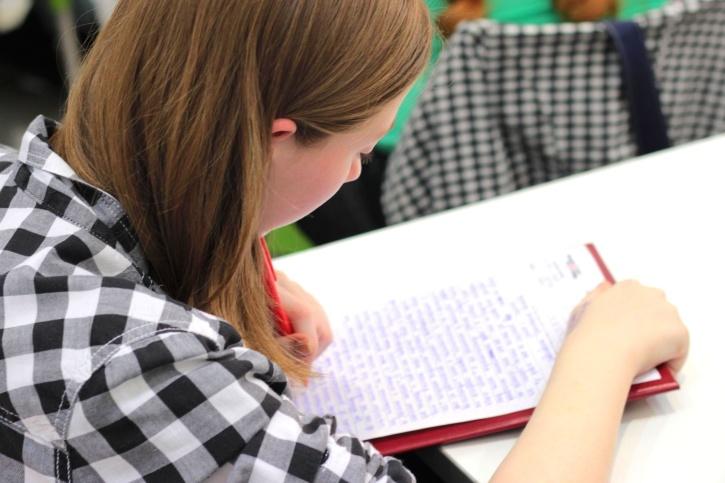 étudiant, écriture, jeune, devoirs, papier