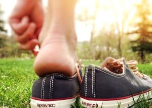 레크리에이션, 단 화, 운동 화, 여름, 신발, 잔디