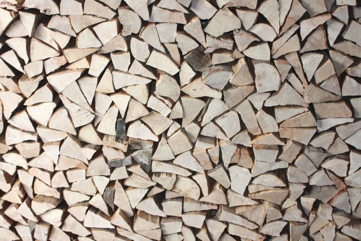 Drewno kominkowe, drewno