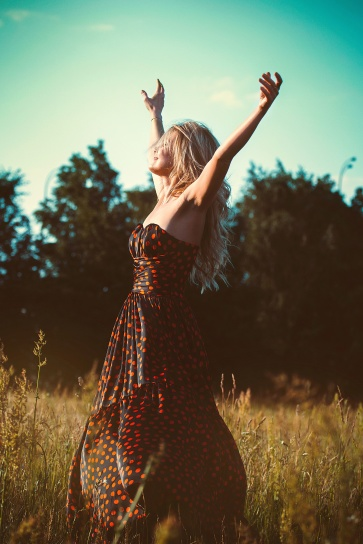 dress, fashion, female, freedom, girl, grass, model, outdoors, woman