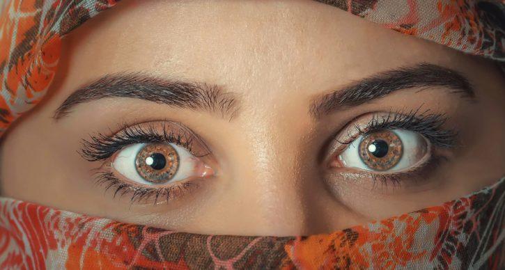 mujer, ojos, religión