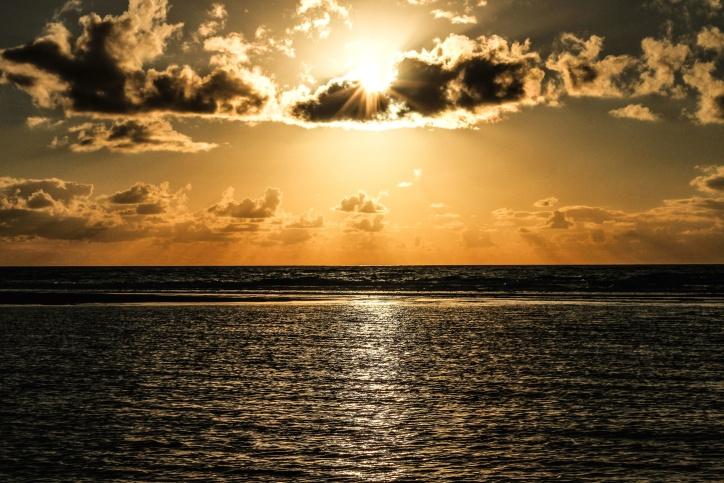 Gambar Gratis Air Pantai Awan Senja Pemandangan Laut Horizon