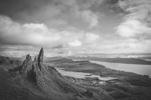 roccia, mare, cielo, acqua, montagna, in scala di grigi, foto