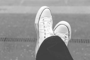 calzature, pantaloni, uomo, moda, sport, estate, scarpe