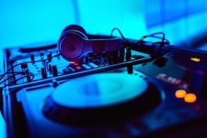 tourne-disque, l'électronique, l'équipement, le casque, la musique, le son