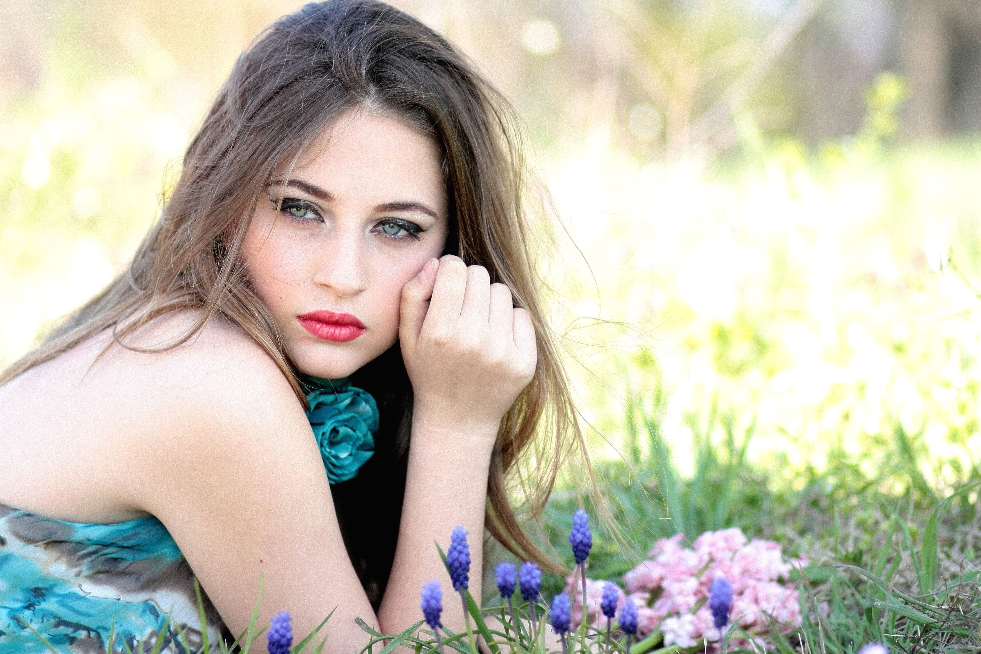 free picture beautiful girl woman beauty field