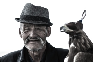elderly, portrait, hat, man, old, person, pet, bird