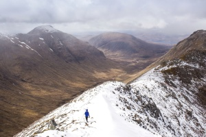 person, snow, snow, hiker, hiking, mountains
