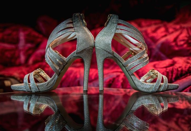 lacets de chaussures de couleur