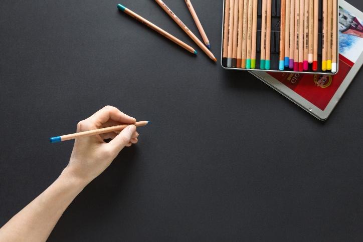 Crayon, couleur, main, papier, écriture