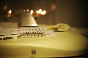 エレク トリック ギター、楽器、文字列