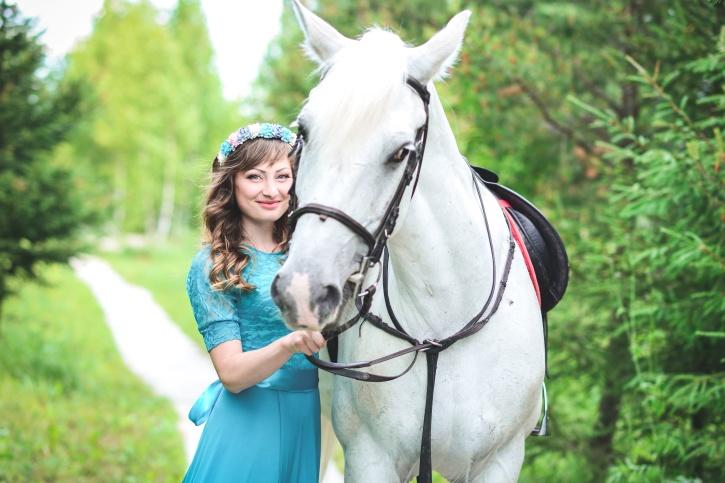 žene, mladi, šuma, lijepa djevojka, trava, sretan, konj