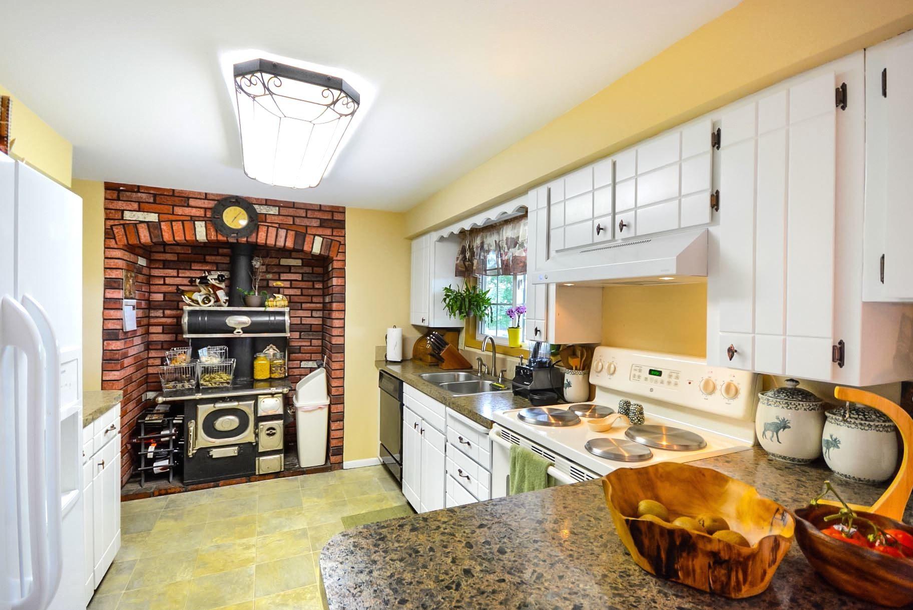 interior nevera muebles cocina cocina decoracin frutas ventana
