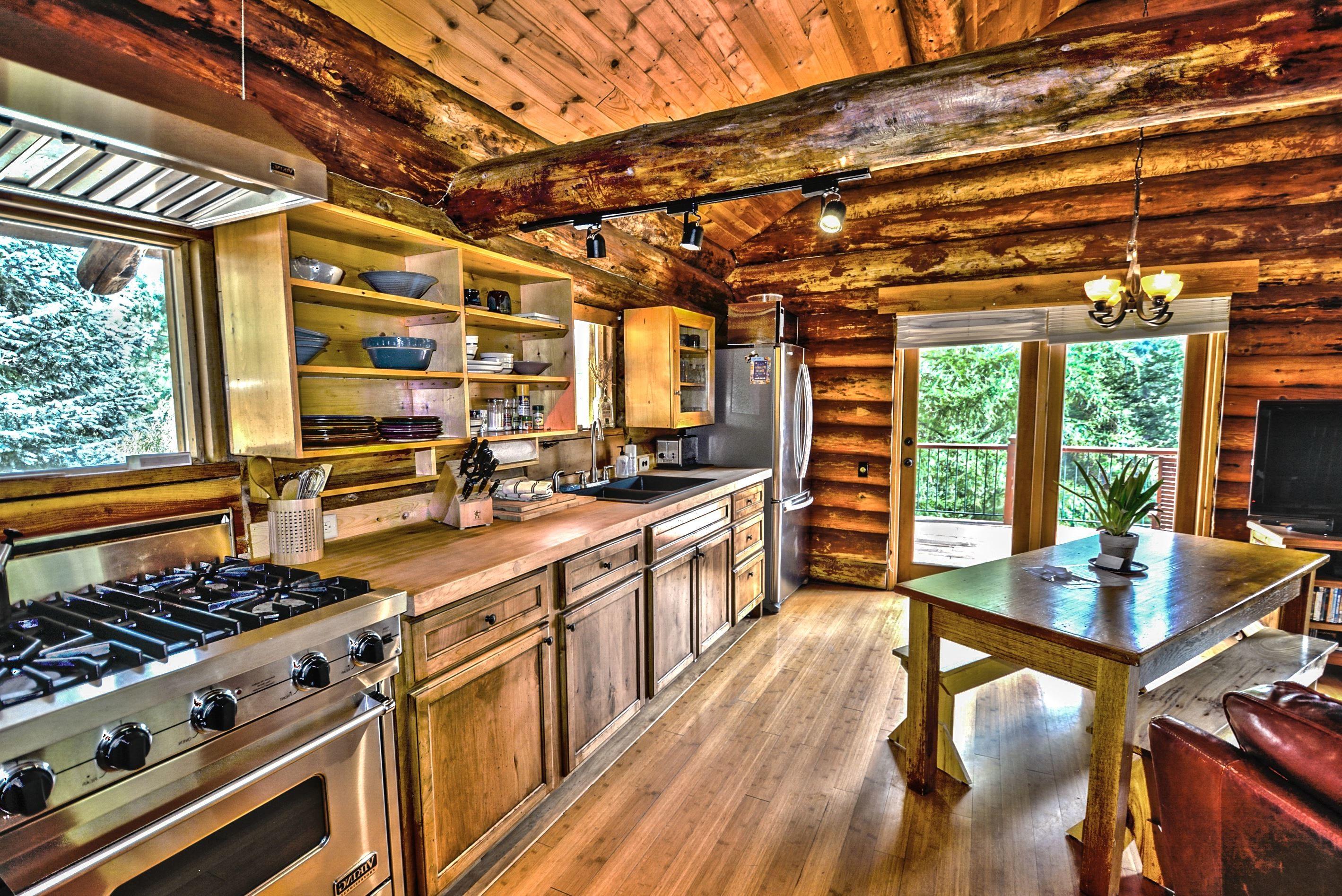 Imagen gratis madera cocina estufa interiores muebles for Interior de la casa de madera moderna