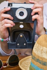 photo camera, hands, hat, exposure, photo, photographer, table