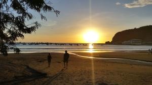 beach, silhouette, sea, dusk, holiday, landscape, sky