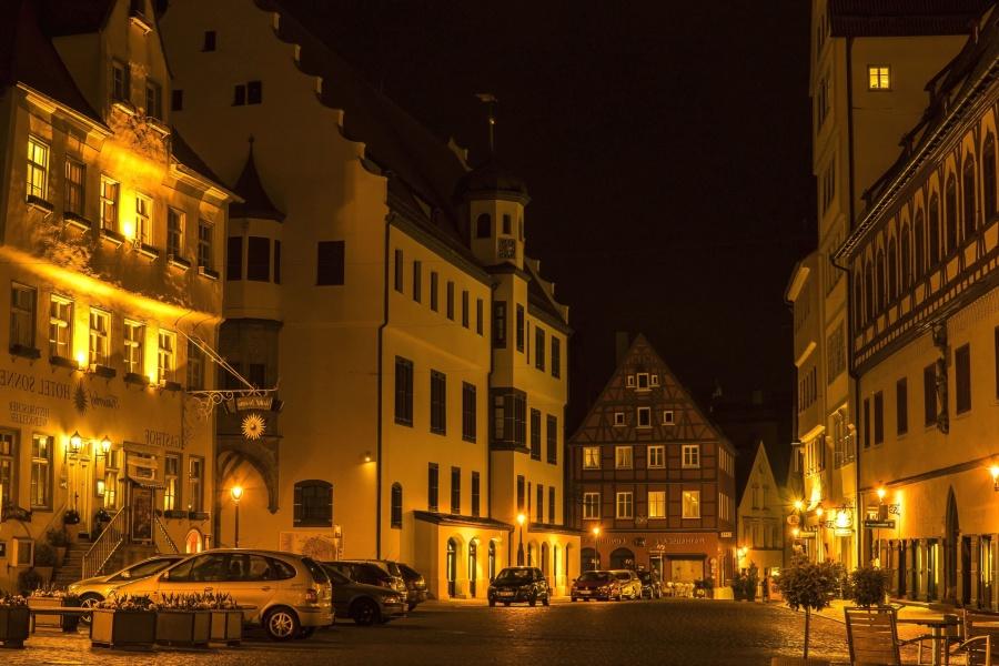 Gebäude, Architektur, Innenstadt, urban, Automobil, Nacht, Licht, Straße