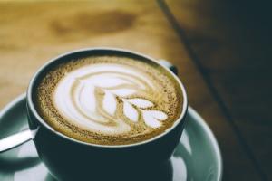 kaffekopp, varm mjölk, mugg, porslin, tefat