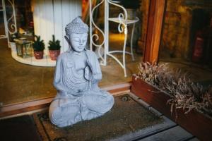 sculpture, ceramic, decorative, figurine, mat, religion, art, buddha, buddhism