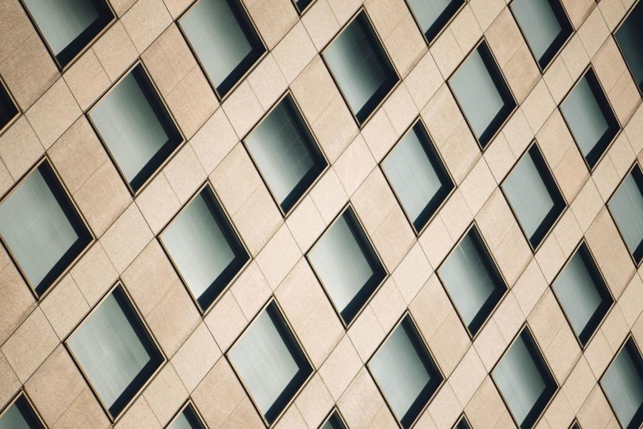 Image libre fa ade futuriste g om trique architecture for Architecture geometrique