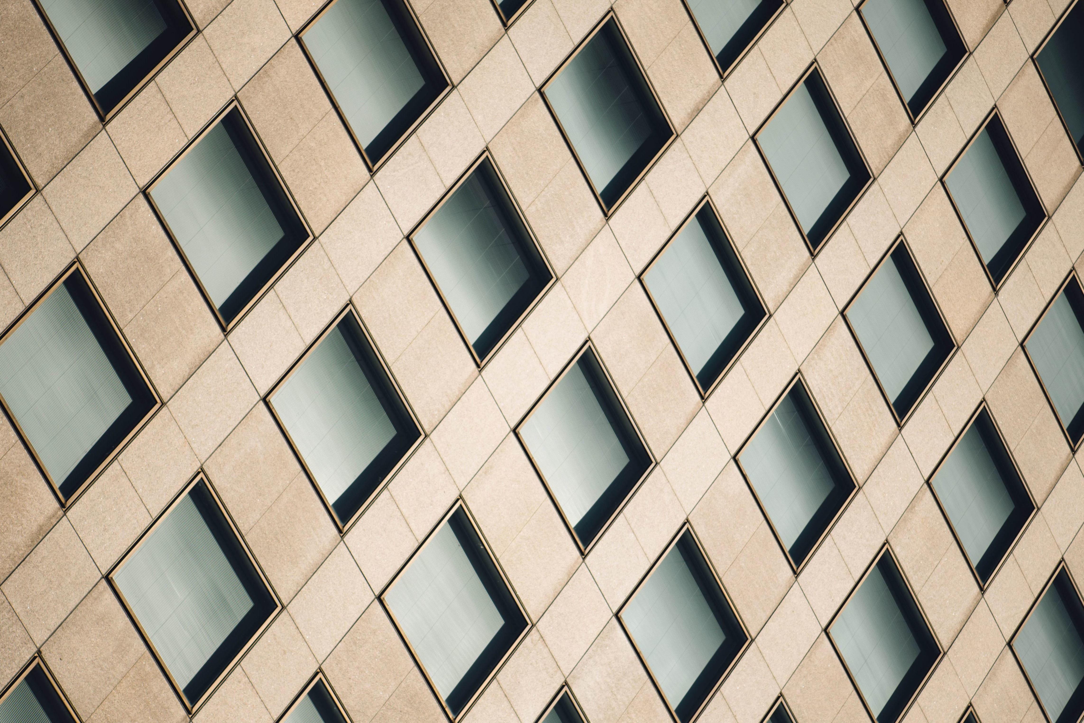 Foto gratis facciata futuristico geometrica for Design architettonico gratuito