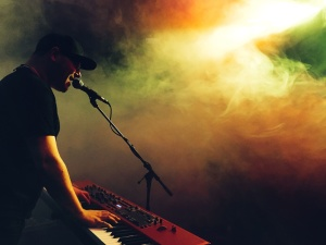 smoke, concert, electronic, guy, music, music, performance