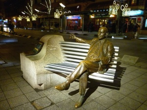 bench, statue, city, urban, sidewalk, attraction