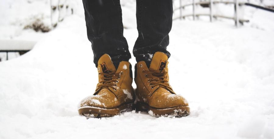 boots, shoes, snow
