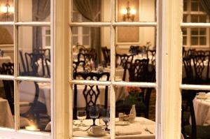 restaurant, room, table, table, setting, window, windows, interior, luxury