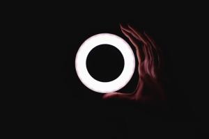 Luz, forma, resumen, arte, círculo, oscuridad, oscuridad, mano, luz