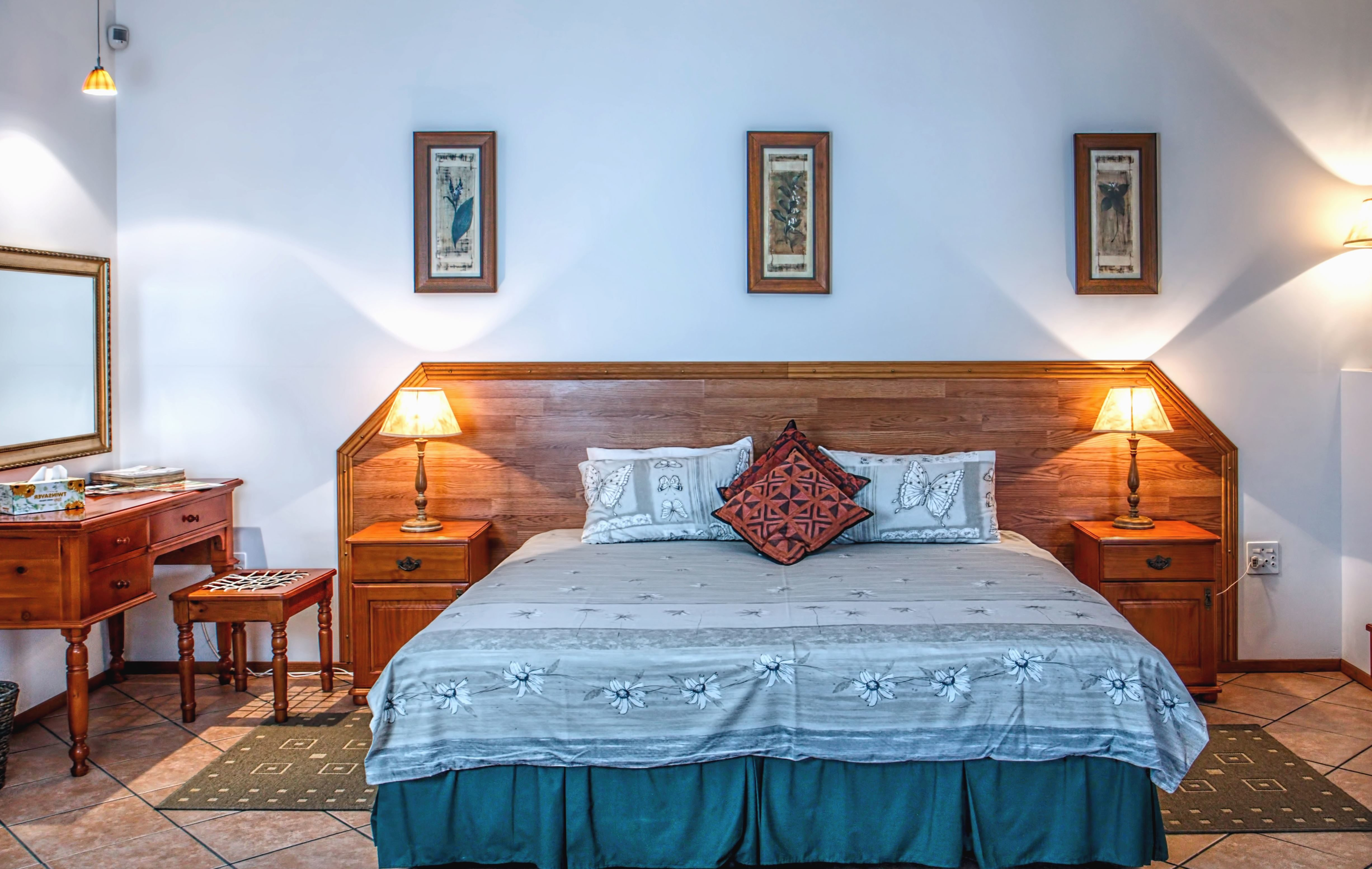 Foto gratis camera da letto mobili interni interni for Camera da letto interior design