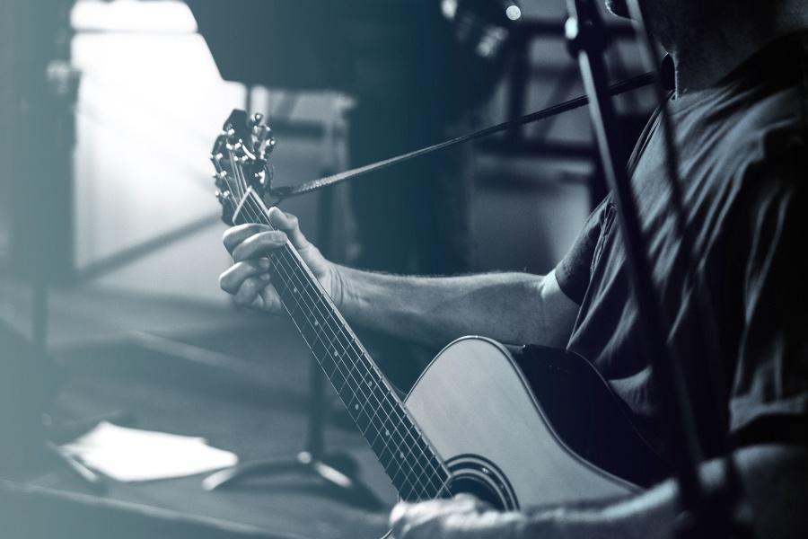 Muž, hudebník, výkon, nástroje, kytara, kytarista