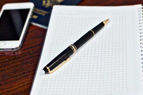 Notebook, ufficio, pagina, carta, passaporto, matita, cellulare