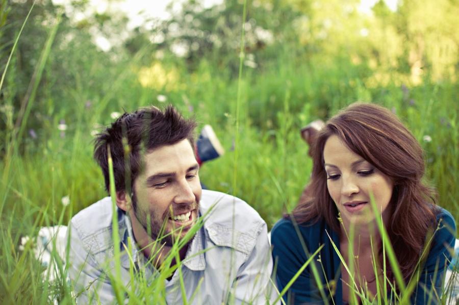 człowiek, chłopak, Dziewczyna, pola, Dziewczyna, Kobieta, trawa