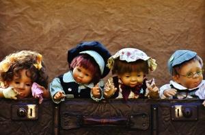 batožina, bábiky, hračky, cestovné, Úschovňa