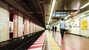 Terminal, gare, métro, chemin de fer, homme