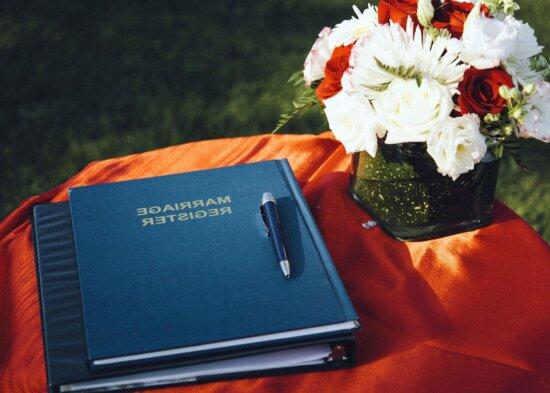 Buch, Blumenstrauß, Feier, Bleistift, Hochzeit